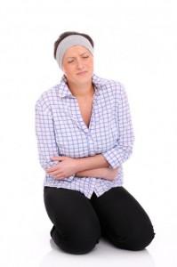 Живот болит перед месячными: почему возникают боли перед менструацией?