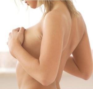 Увеличение груди перед менструацией