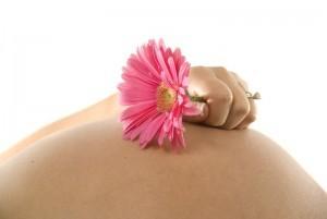 Могут ли идти месячные при беременности на ранних сроках?