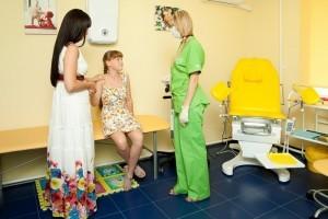 Девочки на приеме у гинеколога