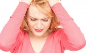 Розовые выделения перед месячными: норма, симптом болезни или беременность?