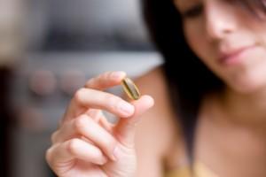 Женщина с лекарством